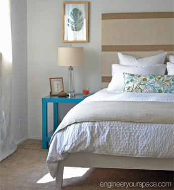 Bedroom Decorating Ideas: DIY Headboard