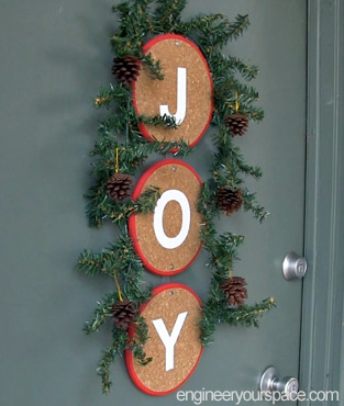 Christmas Decorating Ideas – front door decoration