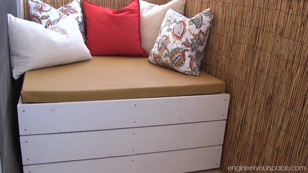 DIY outdoor storage bench | Smart DIY Solutions for Renters