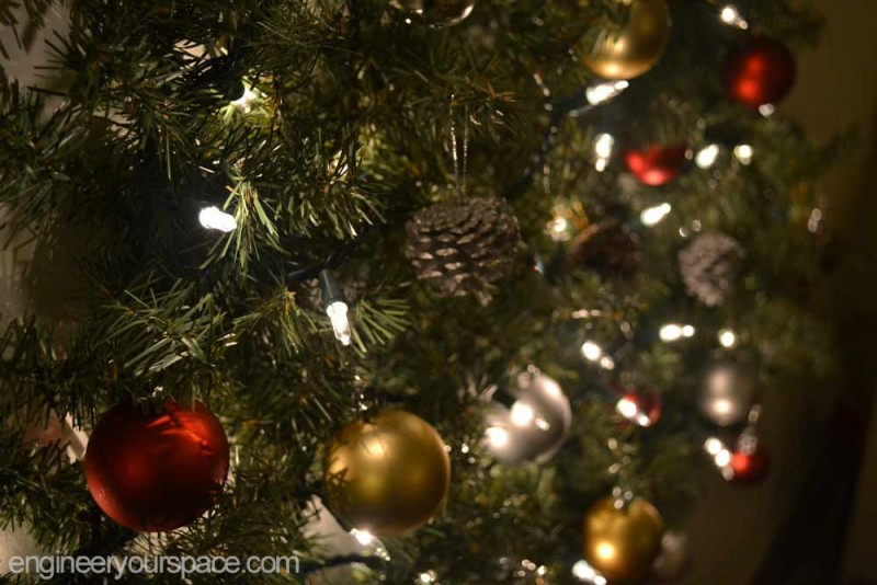 Christmas-tree-night-close-up