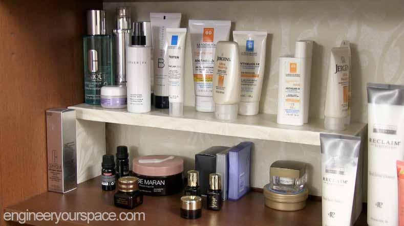 Smaller-shelf-with-wallpaper