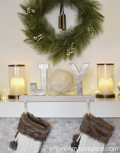 Fireplace-mantel-Christmas-Stocking-holder-front