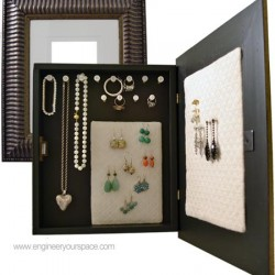 DIY-Hanging-Jewelry-Box