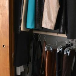 Double hanging closet rod