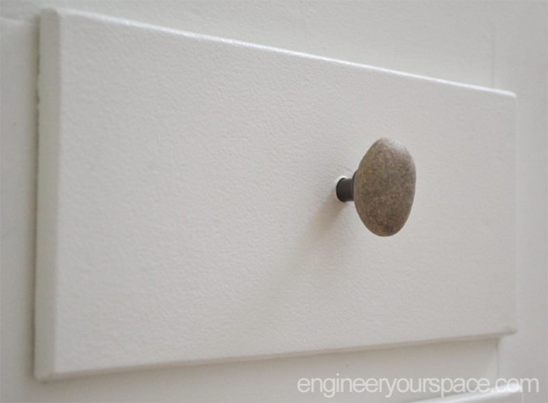Stone-knob-on-drawer-close-up
