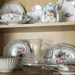 Kitchen-cabinet-fine-china-display-china-full-view-2