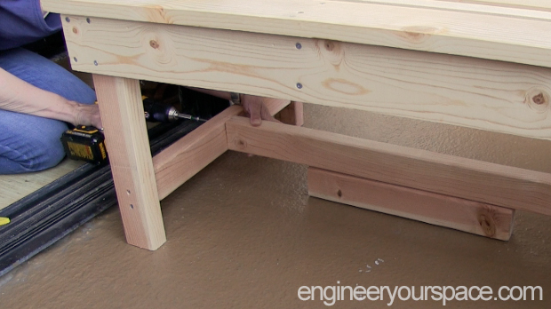 DIY-outdoor-bench-step-6c