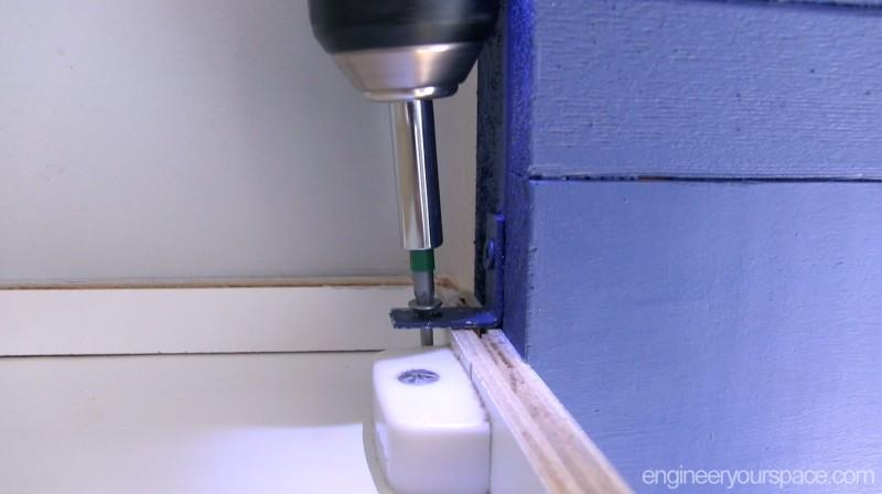 Wood-valance-step-4-securing-bracket